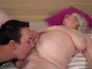 A Avozinha Norma Sabe Que A Pila Do Rob Pode Satisfazer O Seu Tesouro! Porn
