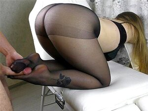 Teen Big Ass E Big Tits Em Pantacidade - Footjob, Handjob, Cum Nos Pés Porn