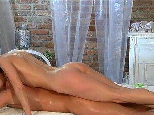 Salas De Massagens Raparigas Com Mamas Pequenas Adoram Ser Fodidas Por Pilas Grandes Porn