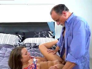 Pai Fode Amiga Quente ' Filha Do Amigo E Pai ' Brinquedos De Seu Companheiro De Glen Porn
