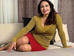 Velha Senhora Demonstra Seu Corpo Porn