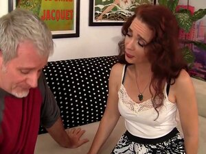 Sable Renae, A Estrela Porno Excitada, Em Vídeo Pornográfico Da Cara Vermelha, Sable Renae Tinha Apenas 18 Anos Quando Começou A Comer Miúdas De 50 Anos, Por Isso Sente-se Muito à Vontade Com Uma Agora Que Se Está A Aproximar Dessa Idade. O Donny Tem Cabe Porn