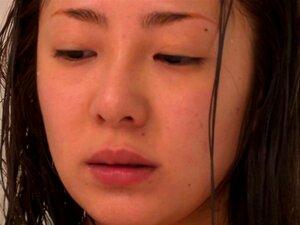 Minori Hatsune Dedos Dela Cabeluda Japonesa No Chuveiro Porn