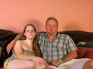 Uma Miúda Gira E Excitada Faz O Seu Amante Corno Porn