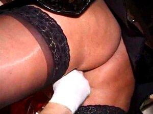 Bristish Peituda Freira Vicki Porn