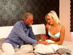 DADDY4K. O Melhor Presente De Aniversário é Apaixonado Velho E Jovem Porn