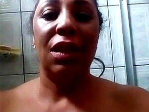 Morena Gostosa Tomando Banho 1 Porn
