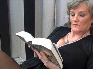 Dona De Casa Madura Em Meias Sexy Preto Part5 Porn