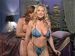 Danni Ashe Na Cama Com Erica Campbell Porn
