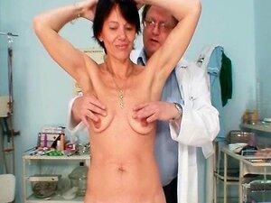 Dedilhado De Estranho Buceta Milf Magra Pelo Médico Ginecologista Porn