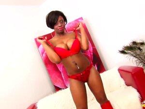 A Minha Mãe Negra E Busty Pela Primeira Vez Num Vídeo Pornográfico. Porn
