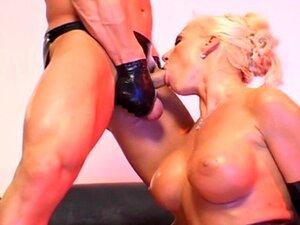 Sharon Da Vale - 100% Látex Porn