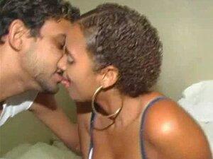 O ValDogg Fode Uma Boa Cabra No Brasil. Porn
