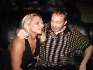 Amador Puta Pública Despojado E Tateou Em Público Porn