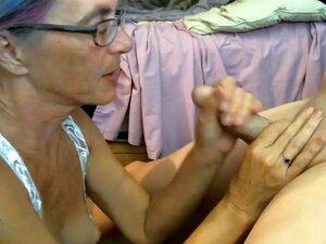 A Avó Adora Usar Vibrador E Pila Ao Mesmo Tempo., Porn