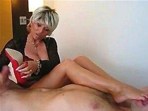 Mulher Com Tesão Senta-se No Rosto Porn