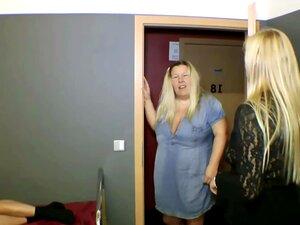 TIA E Mãe Alemã Pegou Passo-filho E Foda-se Em MMF 3some Porn