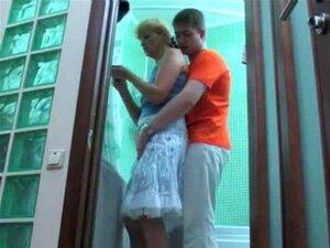 Russo Não Mãe E Não O Filho Transar No Banheiro Porn