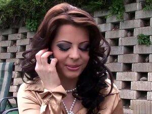 Incrível Estrela Pornô Em Excitada Brasileira, Ao Ar Livre Xxx Filme, Considere Esta A Parte De Encontro E Saudação Da Festa.  As Miúdas Estão A Vigiar Os Gajos E Os Gajos Estão A Vigiar As Miúdas.  Mas Na Festa Da Piscina De Sexo Louco A Maneira Mais Pop Porn
