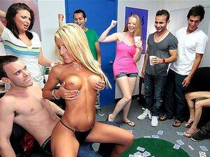 Filme De DareDorm: Encomendar Strippers, Nesta última Apresentação, Temos A Sua Clássica Festa No Dormitório, Com Cuties Hawt E Qualquer Coisa Que Você Possa Pensar, Mas Eu Acho Que Sair Com Anjos Hawt, Só Faz Com Que Você Queira Sair Com Meninas Sexy Ain Porn