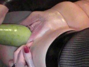 Abobrinha Na Buceta Porn