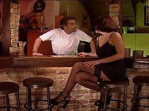 Karli Pleasant-bar 3-some Porn