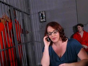 Peituda Maggie Green Tem Trio Interracial Na Cadeia Porn