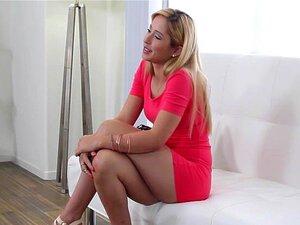 CastingCouch-X - Teen Quente Goldie Tenta Sair Pornô Pela Primeira Vez Porn