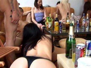 Festa De Swingers Hardcore Em Vídeo Caseiro Porn