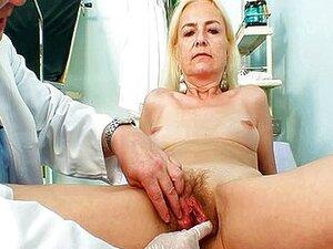 Tratamento De Médico De Mulher Magra Vovó Hirsuto Porn