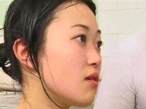 Invisível Guy Jizzes Na Ásia!, Um Do Vid Porno Japonesa Mais Louca Que Já Vi! Um Cara Invisível Transa Com A Garota Que Quiser Em Um Bathouse Japonês E Cums Na Face A Mais Bela Asiática No Lugar! Porn