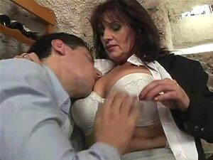 Porra Quente Madura No Restaurante Porn