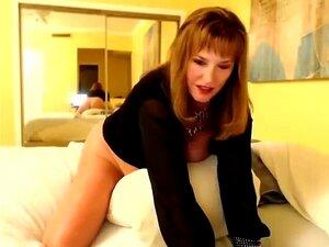 Tubo Amador Italiano Com A Mãe Traiçoeira Da BBW, Loretta., Porn