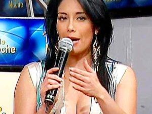 Sugey Abrego Upskirt Tanguita Bailando TV Noche Porn