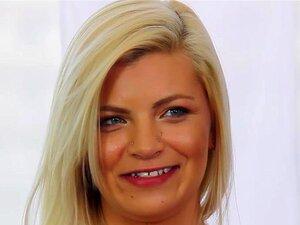 CastingCouch-X - Menina Ao Lado Alex Pouco Primeira Audição Pornô Porn