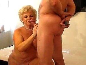 Smokin ' Senior (Creampie Do Ms.Jewel!!!) Porn