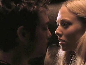 Red Riding Hood (2011) Amanda Seyfried, Porn