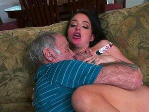 Adolescente Brochista A Curtir Com O Velho Excitado Porn