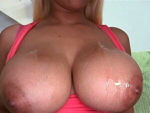 Pila Redonda E Busty Butt Titfucks. Mamas Grandes E Grandes à Volta Do Rabo, Mamas De Puta E Chupa Pilas. Porn