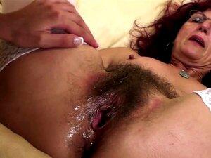 Fisting Profundo Para A Buceta Peluda Da Mãe Madura Sexy Porn