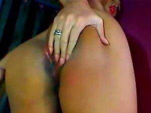 Shemale Hottie é Horny E Lúdico Porn