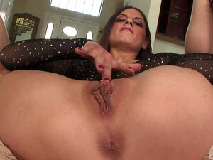 Sweet Pornstar Rochelle Ryder Having Sex With A Big Black Dick - Rochelle Ryder Porn