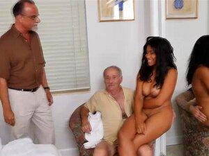 A Miúda Negra Jenna Foxx Leva Uma Pila Velha E Carnuda Porn