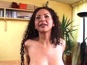 Encaracolado Valeria Da Fogo Sopra Pinto Grande Na Praia Porn