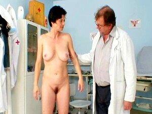 Exame Fetiche Gyno Real De Buceta De Barbora De Velho Por Docto Porn