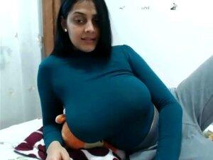 Big Tits Desi Milf Cums Hard Cam Show One Porn