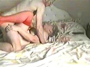 76 Anos De Idade. Ela Ainda Ama O Galo Porn
