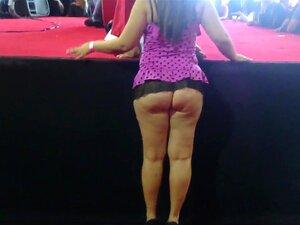 PHAT ASS, BUNDA GRANDE CULONA DE EXPO SEXO EXIVIENDOSE GRANDE CULO SE DEJA TOMAR FOTOS Porn