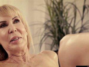 O Tipo Dos Cuidados Com Idosos Fode Uma Senhora De 80 Anos. O Tipo Mais Novo Do Elder Care Fode Erica Lauren Uma Senhora De 80 Anos Durante Uma Visita Quando Ele Está Lá Para Ajudar A Velha Com O Seu Cuidado Diário! Tudo Começa Com Uma Massagem Suave, Mas Porn