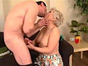 Com A Minha Avó Loira, Porn